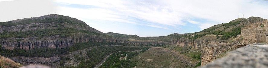 Panorámica desde la Ciudad de Cuenca.jpg