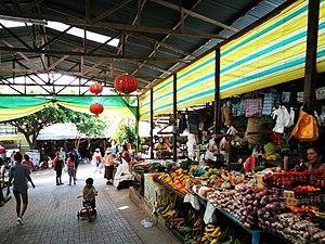 Tarapoto - Image: Parades de fruita del Mercado el Huequito, Tarapoto 02