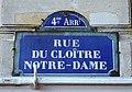 Paris - Rue du Cloitre-Notre-Dame - Plaque.jpg