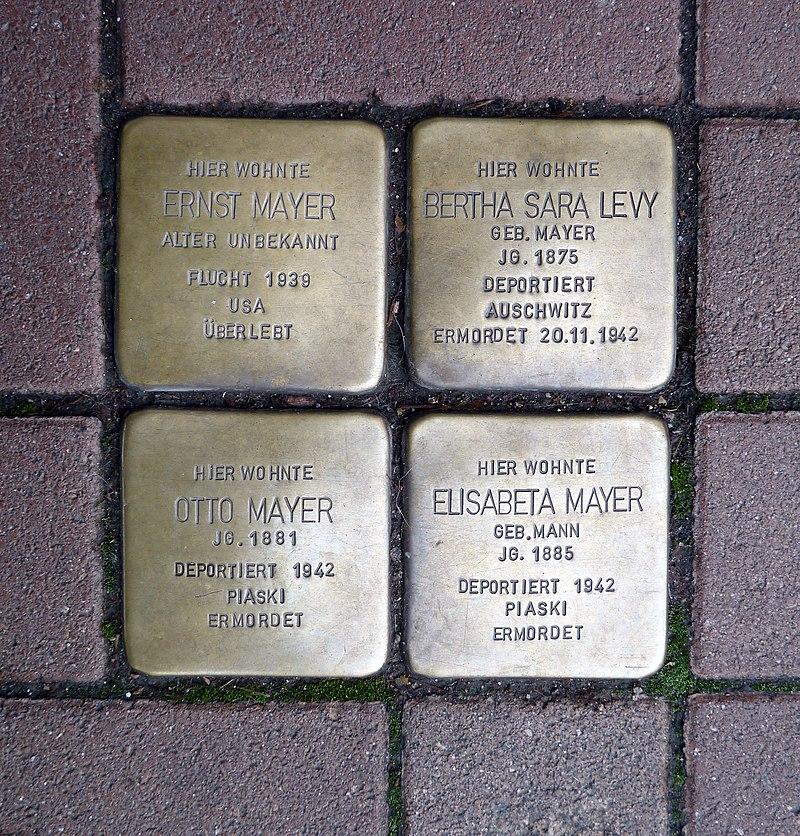 Pariser Strasse 111 - Viererblock Mayer-Levy - Stolperstein Nieder-Olm.jpg
