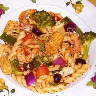 Pasta salad - Image: Pastasalad