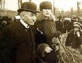 People visiting American soldiers graves, American Hospital Cemetery, Suresnes, France, 1918 (31008768600).jpg