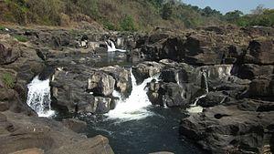 Pathanamthitta - Perunthenaruvi Falls, Pathanamthitta
