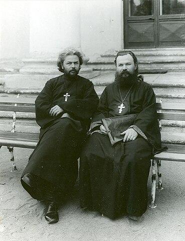 Во время работы II Государственной Думы с депутатом от Пермской губернии о. Константином Колокольниковым, позднее тоже лишённым сана.