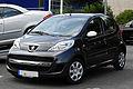 Peugeot 107 70 Urban Move (Facelift) – Frontansicht, 17. Juli 2011, Ratingen.jpg