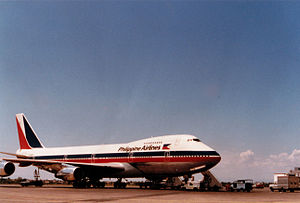 Philippine Airlines Boeing 747 in 1980.