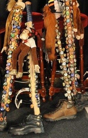 Monkey stick - Image: Photo of a group of Mendoza's or Monkey Sticks