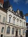 Place de la Halle, Beaune - Caisse d'Epargne Beaune la Halle (34805990714).jpg