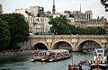Pont Neuf, Paris 3 June 2011.jpg
