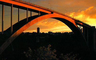 Puente de la Amistad.
