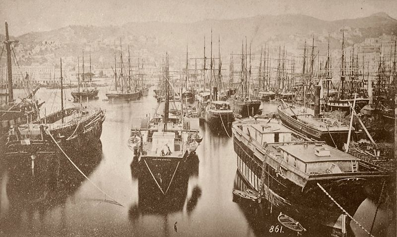 File:Port of Genova.jpg