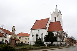 Pouzdřany church 01.JPG