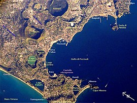 Pozzuoli NASA ISS004-E-5376 added names.jpg