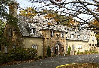 Albertus Magnus College - Sansbury Hall, an undergraduate residence hall