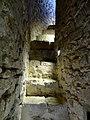 Provins (77), tour César, escalier du chemin de ronde vers les combles.jpg