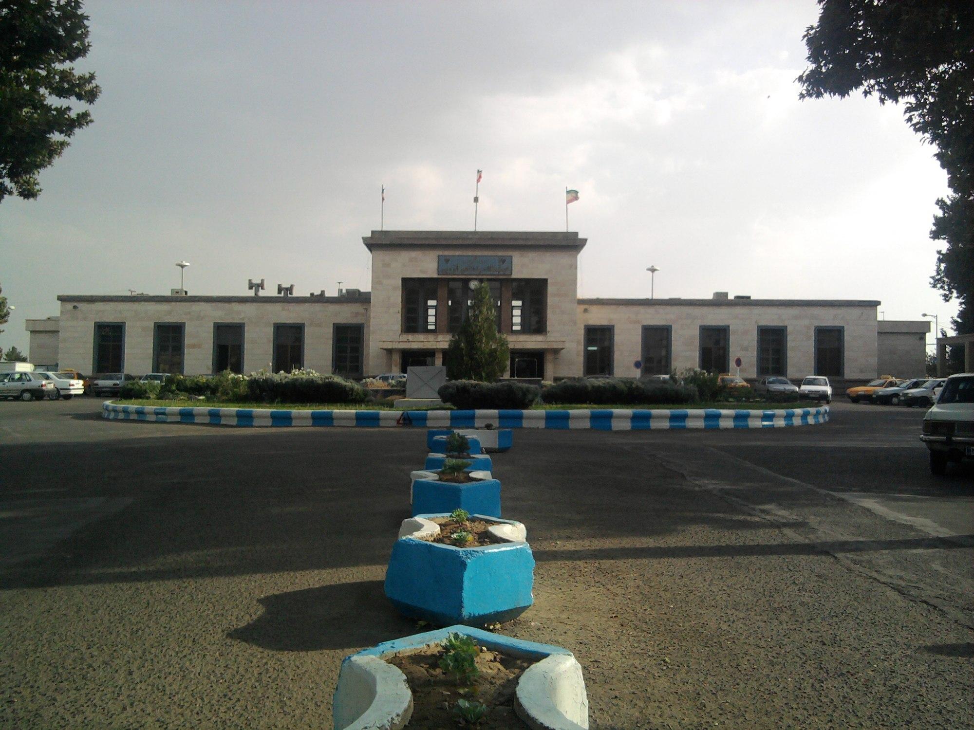 ایستگاه راهآهن قزوین
