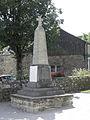 Quéménéven (29) Monument aux morts.JPG