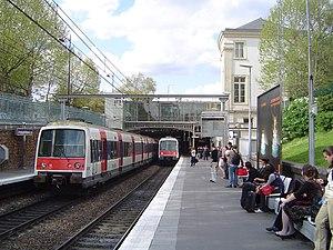 Gare de Denfert-Rochereau - Image: RER B Denfert Rochereau (6)