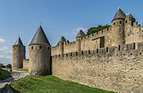 Ramparts of the historic fortified city of Carcassone 01.jpg