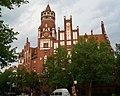 Rathaus Schmargendorf-Mutter Erde fec.jpg