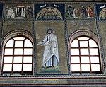 Ravenna, sant'apollinare nuovo, int., santi e profeti, epoca di teodorico 12.JPG