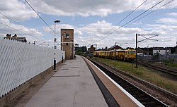 Retford railway station MMB 04.jpg