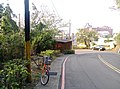 Road to the cemetery of military personnel Hsinchu 01.jpg