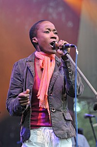 Rokia Traoré singing.jpg