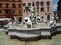 Roma-fontana del nettuno.jpg
