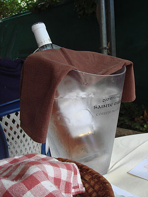 Vin rosé, Auberge de La Mole