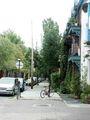 Rue Duluth, vue sur l'avenue Laval, 2005-08-29.jpg
