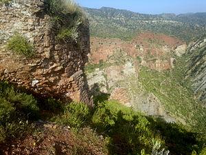 Nandana - Remainans of Fort Wall