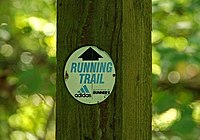 Running trail sign, Crawfordsburn Glen - geograph.org.uk - 1502081.jpg
