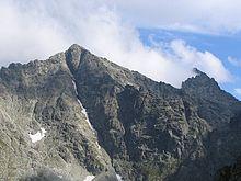 https://upload.wikimedia.org/wikipedia/commons/thumb/d/d5/Rysy_w_sierpniu.jpg/220px-Rysy_w_sierpniu.jpg