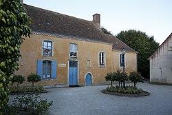 Saint-Mars-sous-Ballon - Mairie 01.JPG