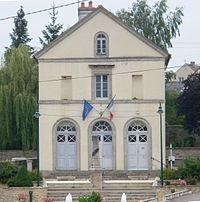 Saint Euphrône Mairie.jpg