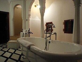 Samode Palace hotel bathroom