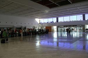 San Bartolomé - airport in 01 ies.jpg