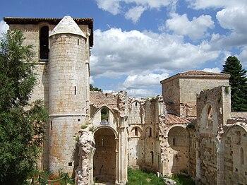 Ruinas del Monasterio de San Pedro de Arlanza.