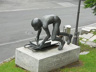 David Wynne (sculptor) - Cresta Rider (1985)