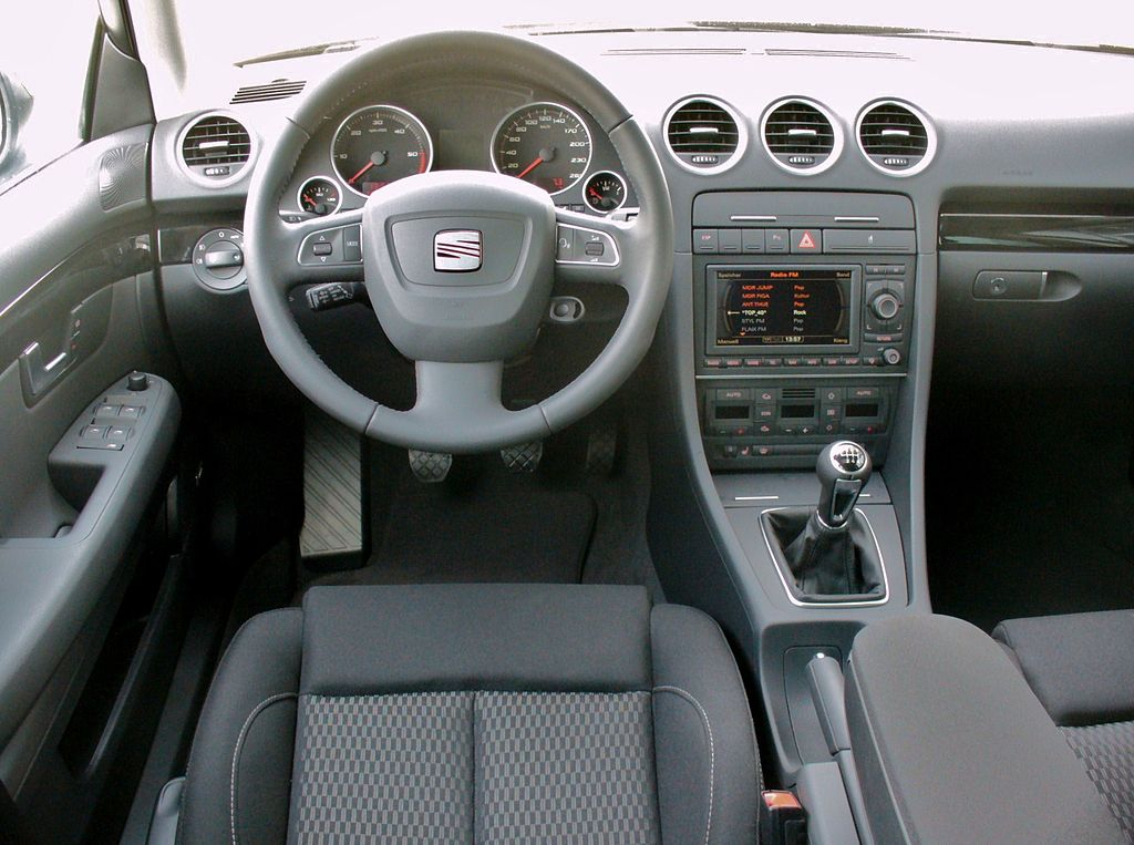 seat exeo st 2 0 tdi sport magicoschwarz interieur jpg. Black Bedroom Furniture Sets. Home Design Ideas