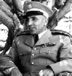 Adib Shishakli - Shishakli in military uniform