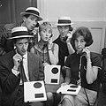 Show van Rudi Carrell Rudi Carrell, Ben Rowold, Jasperina de Jong, Eric Herfst,, Bestanddeelnr 912-6593.jpg