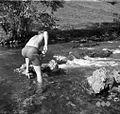 Sin Mišmaš Janeza žaga kamen v Krki. Male Rebrce 1957.jpg