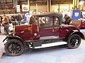 Singer Senior 1927 red HJ 6846 side.jpg