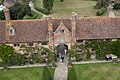 Sissinghurst Castle Entrance 2 (4907246517).jpg