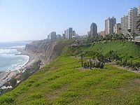 Skyline of lima from costa verde.jpg