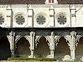 Soissons (02), abbaye Saint-Jean-des-Vignes, réfectoire, côté est, et cloître gothique, galerie ouest 2.jpg