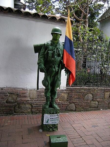 File:Soldado da paz (3326858838).jpg