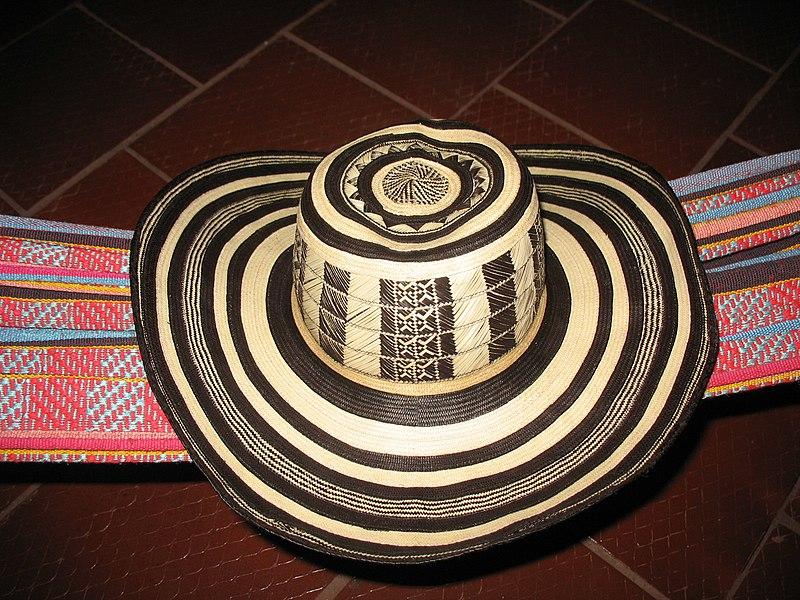 Archivo:Sombrero vueltiao.jpg